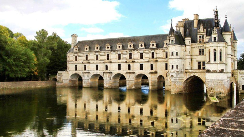 Paris, Loire Valley & Normandy